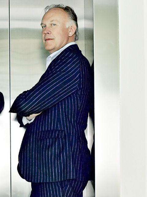 Suit, Blue, Formal wear, Outerwear, White-collar worker, Businessperson, Blazer, Tuxedo, Electric blue, Tie,