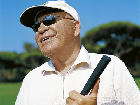 Golf, Golfer, Recreation, Golf club, Putter, Eyewear, Golf equipment, Professional golfer, Sunglasses,