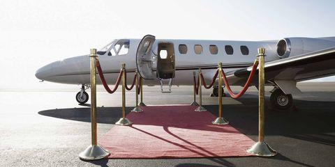 Airplane, Aircraft, Vehicle, Aviation, Aerospace engineering, Jet aircraft, Aerospace manufacturer,