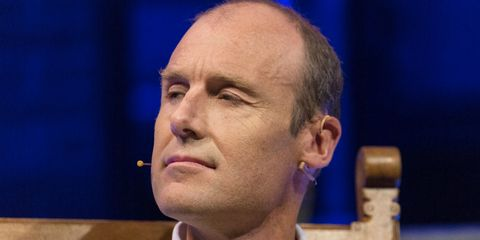 Face, Spokesperson, Facial expression, Chin, Head, Forehead, Nose, Cheek, Speech, Human,