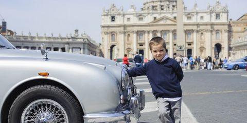Land vehicle, Vehicle, Car, Classic car, Classic, Coupé, Vintage car, Antique car, Mid-size car, Sedan,