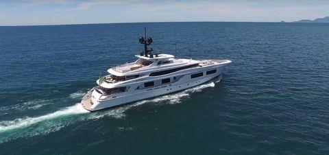 Vehicle, Water transportation, Luxury yacht, Yacht, Naval architecture, Boat, Ship, Watercraft, Speedboat, Motor ship,