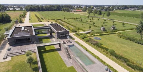 Aerial photography, Bird's-eye view, Urban design, Land lot, Landscape, Residential area, Architecture, Photography, Building, City,