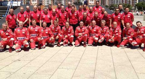 Social group, Red, Team, Community, Uniform, Team sport, Carmine, Maroon, Sports jersey, Crew,