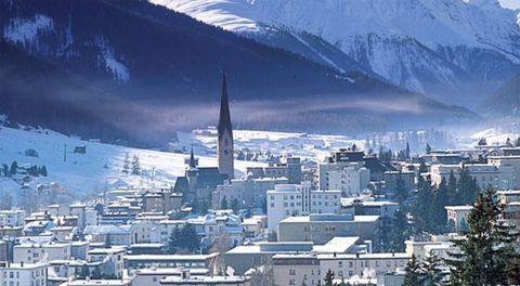 Mountainous landforms, City, Mountain range, Neighbourhood, Urban area, Landscape, Town, Atmosphere, Highland, Hill,