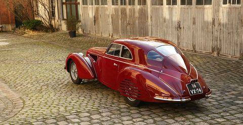Land vehicle, Vehicle, Car, Classic car, Classic, Vintage car, Coupé, Antique car, Mid-size car, Automotive design,