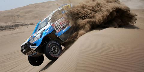 Off-road racing, Desert racing, Vehicle, Rally raid, Motorsport, Off-roading, Racing, Car, Automotive tire, Rallying,