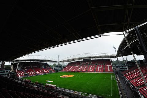 Stadium, Sport venue, Arena, Soccer-specific stadium, Atmosphere, Architecture, Grass, Artificial turf, Team sport, Sports,