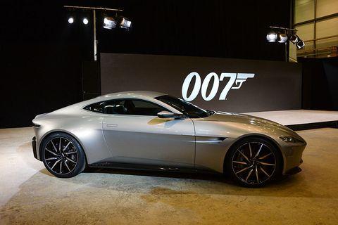 Land vehicle, Vehicle, Car, Auto show, Automotive design, Performance car, Sports car, Supercar, Aston martin vanquish, Rim,
