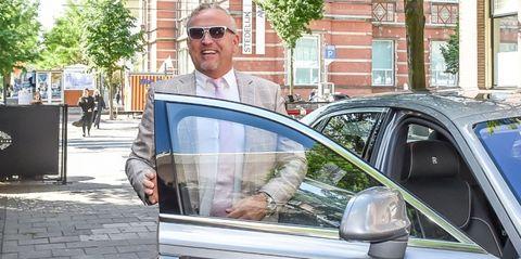 Luxury vehicle, Vehicle, Vehicle door, Car, Automotive window part, Glasses, Automotive exterior, Window, Family car, City car,