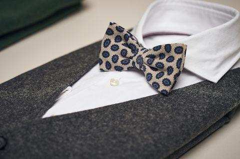 White, Design, Fashion accessory, Pattern, Bow tie, Collar, Tie,