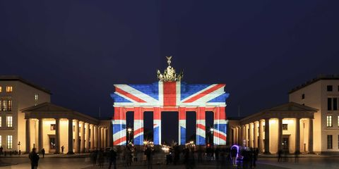 Night, Landmark, Darkness, Midnight, Majorelle blue, Column, Arch, Evening, Tourist attraction, Monument,