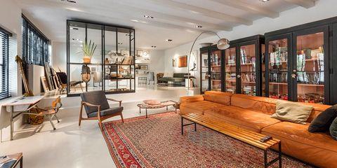 Living room, Room, Interior design, Property, Furniture, Building, Ceiling, Home, Real estate, Floor,