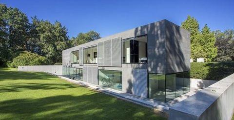 House, Property, Architecture, Home, Building, Facade, Real estate, Design, Villa, Land lot,