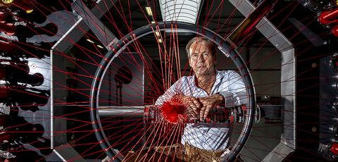 Wheel, Spoke, Bicycle wheel, Photography, Automotive wheel system, Circle, Rim, Glass, Art,