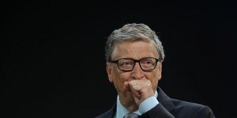 Chin, Glasses, Human, Spokesperson, Businessperson, Gesture, Physicist,