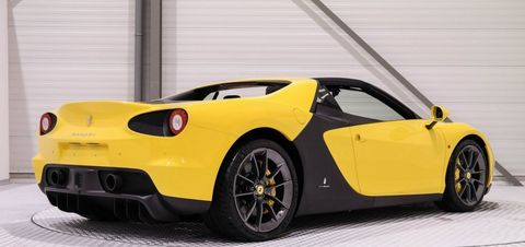 Land vehicle, Vehicle, Car, Supercar, Sports car, Automotive design, Yellow, Coupé, Performance car, Luxury vehicle,