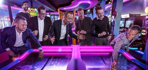 Purple, Games, Violet, Fun, Event, Drink, Magenta, Leisure,