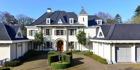 Home, Property, House, Estate, Building, Real estate, Mansion, Residential area, Roof, Manor house,