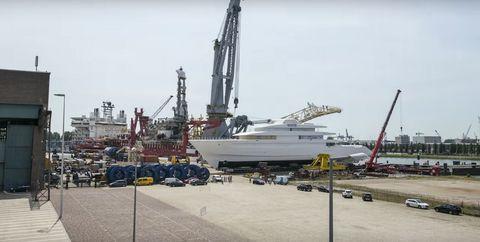 Vehicle, Crane, Boat, Watercraft, Drilling rig, Ship, Crane vessel (floating), Construction equipment, Port, Harbor,