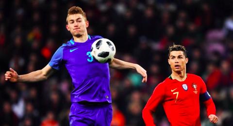 Ball game, Player, Soccer player, Football player, Sports, Team sport, Sports equipment, Football, Tournament, Soccer,