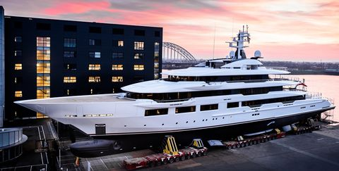 Luxury yacht, Yacht, Water transportation, Boat, Vehicle, Ship, Naval architecture, Passenger ship, Watercraft, Royal yacht,