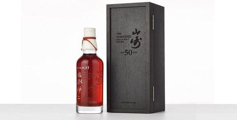 Product, Drink, Liqueur, Distilled beverage, Whisky, Alcoholic beverage, Bottle, Japanese whisky, Glass bottle,