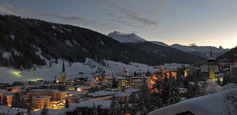 Mountain village, Mountain, Sky, Mountain range, Mountainous landforms, Winter, Snow, Hill station, Alps, Town,