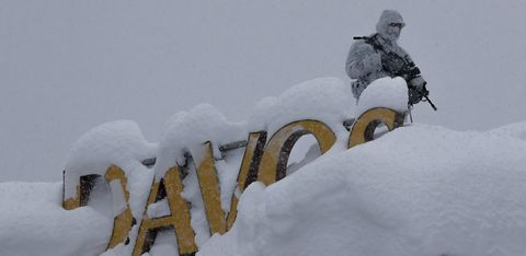 Snow, Freezing, Winter, Blizzard, Winter storm, Geological phenomenon, Vehicle,
