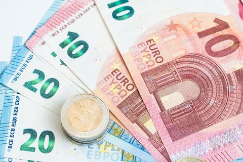 Cash, Money, Banknote, Currency, Saving, Paper, Money handling, Paper product,