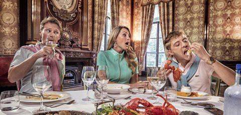 Meal, Eating, Brunch, Lunch, Supper, Conversation, Dinner, Restaurant, Stemware, Food,