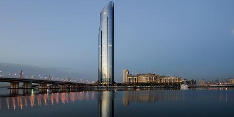 Landmark, Skyscraper, Tower block, Tower, Metropolitan area, Architecture, Reflection, Sky, City, Building,