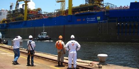 Transport, Vehicle, Port, Ship, Infrastructure, Watercraft, Naval architecture, Crane, Handymax, Industry,