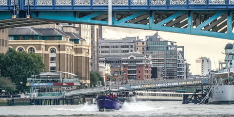 Bridge, Water transportation, Waterway, Transport, Mode of transport, Vehicle, Metropolitan area, River, Architecture, City,