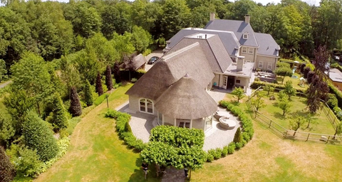 Property, House, Estate, Real estate, Aerial photography, Building, Architecture, Home, Cottage, Roof,
