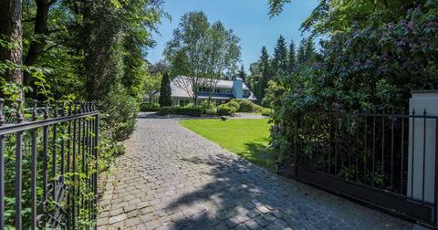Property, Real estate, Natural landscape, Nature reserve, Estate, Tree, Home, House, Cottage, Land lot,