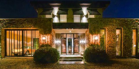 Home, Lighting, Property, House, Building, Light, Night, Architecture, Landscape lighting, Real estate,