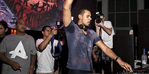 Event, Performance, Nightclub, Party, Singing, Music venue,