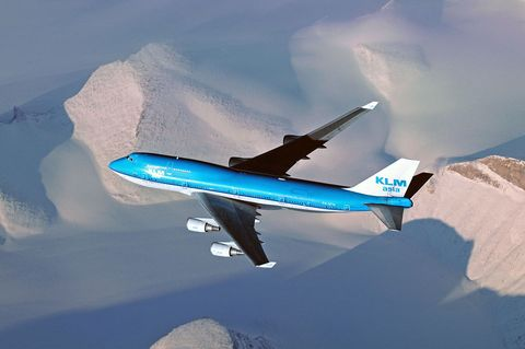 Airplane, Aircraft, Air travel, Airliner, Airline, Flight, Aviation, Vehicle, Aerospace engineering, Wide-body aircraft,