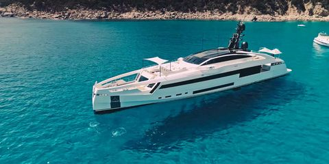 Vehicle, Water transportation, Yacht, Luxury yacht, Boat, Naval architecture, Speedboat, Ship, Watercraft, Boating,