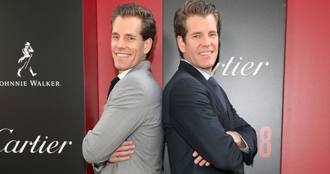 Red, Event, Suit, Smile, Photography, Premiere, White-collar worker, Businessperson, Formal wear,