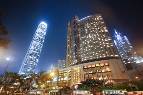 Metropolitan area, City, Skyscraper, Metropolis, Urban area, Tower block, Landmark, Night, Cityscape, Building,