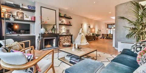 Living room, Property, Room, Interior design, Furniture, Building, Ceiling, House, Home, Real estate,