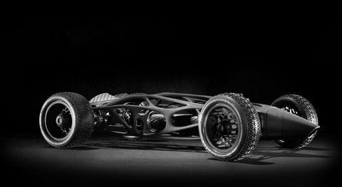 Automotive design, Automotive tire, Automotive wheel system, Rim, Auto part, Synthetic rubber, Black, Monochrome photography, Black-and-white, Automotive exhaust,