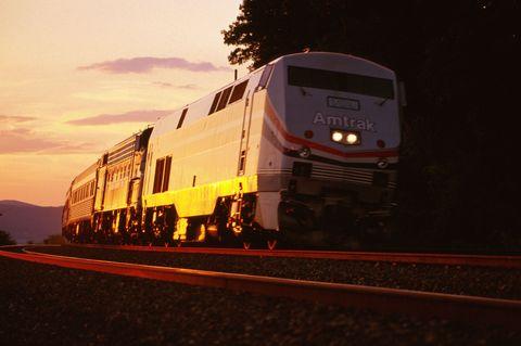 Mode of transport, Transport, Rolling stock, Railway, Automotive lighting, Public transport, Train, Locomotive, Windscreen wiper, Headlamp,