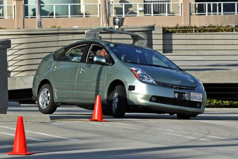 Motor vehicle, Tire, Wheel, Mode of transport, Automotive design, Vehicle, Window, Cone, Transport, Automotive mirror,