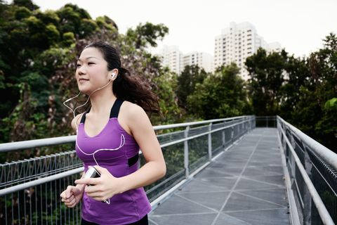 Sleeveless shirt, Active tank, Running, Waist, Jogging, Chest, Exercise, Trunk, Physical fitness, Abdomen,