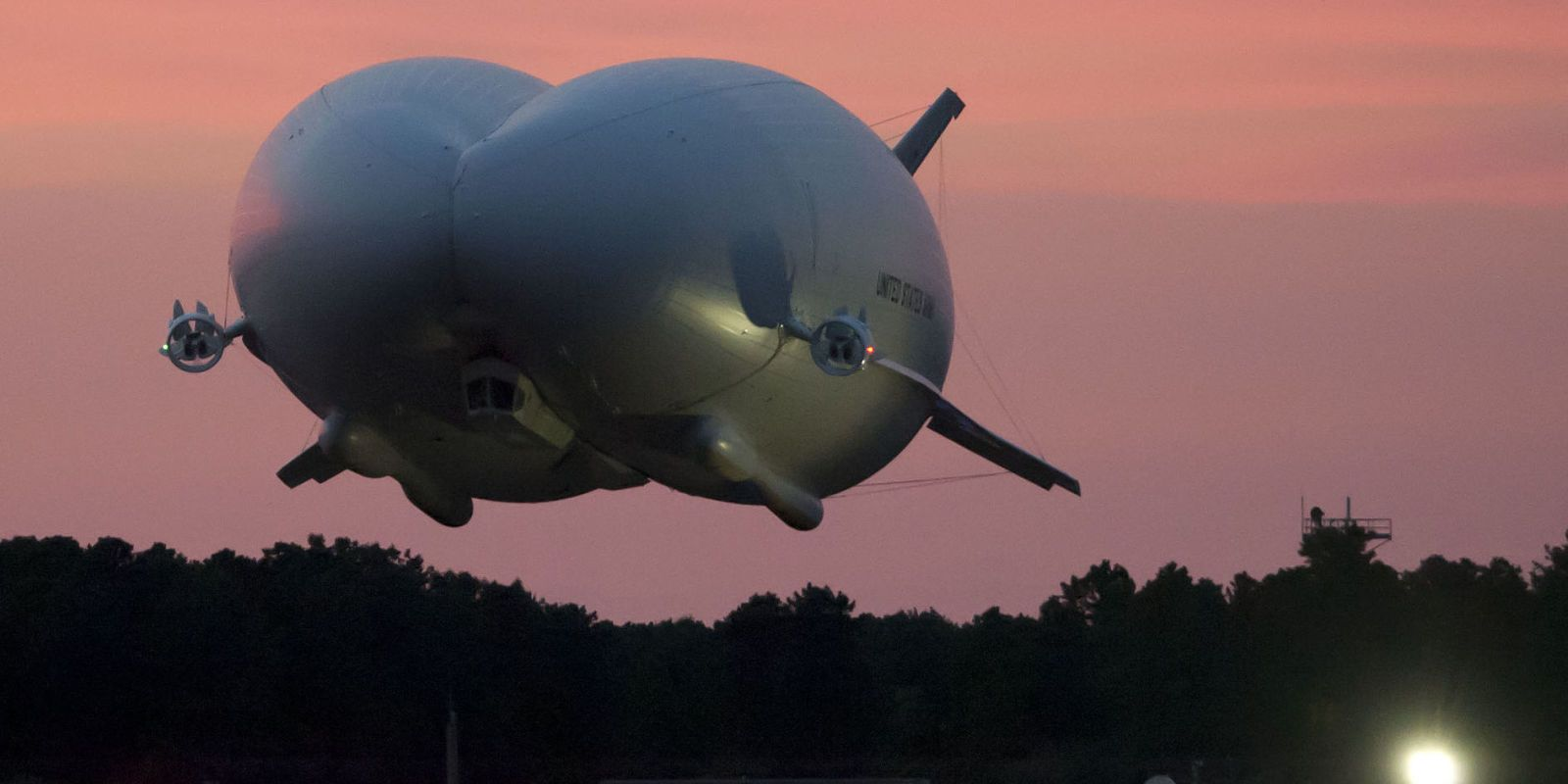 U.S. Army's New Battle Blimp Takes Flight