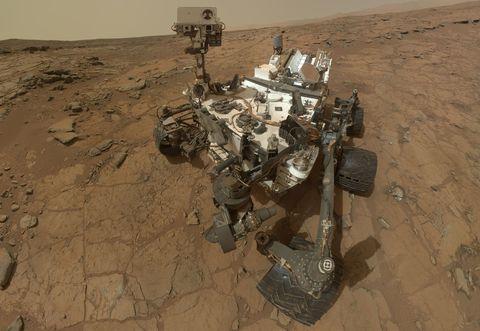 Landscape, Sand, Soil, Aeolian landform, Technology, Desert, Video game software,