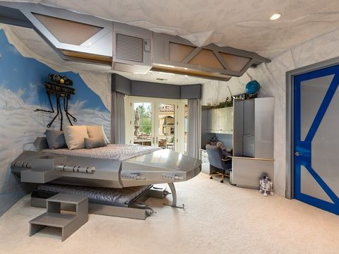 Interior design, Room, Property, Floor, Wall, Bed, Furniture, Ceiling, House, Home,